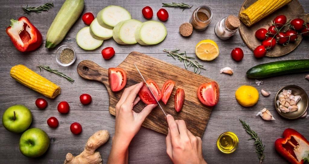 Nấu ăn tại nhà mang đến nhiều lợi ích