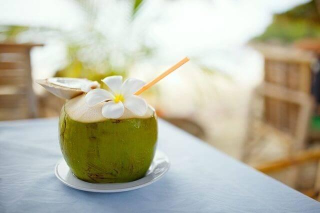 nước dừa tươi tốt cho sức khoẻ