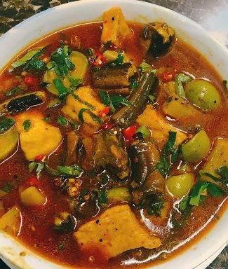 Cách nấu lươn om chuối đậu ngon