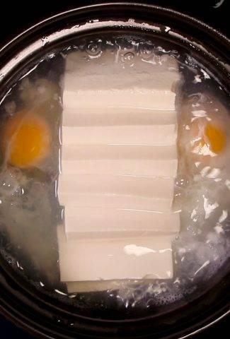 Thịt Om Đậu Hủ Trứng
